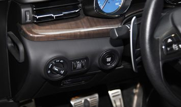 Maserati Quattroporte SQ4