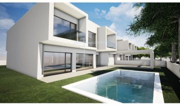 Detached house 4 bedrooms, Ground 520m2, swimming pool, BBQ, solar panels.