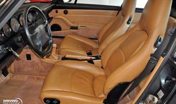 Porsche 911 Carrera 4