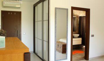 4 bedroom villa with sea views in Patroves, Albufeira