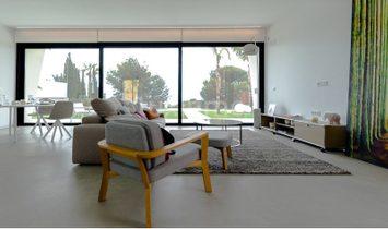 New construction villa in Sierra Cortina