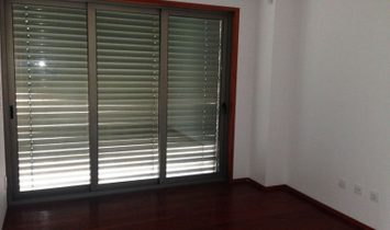 House 4 Bedrooms For sale Vila Nova de Gaia