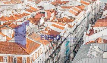 Flat T1 Sell em Alcântara,Lisboa
