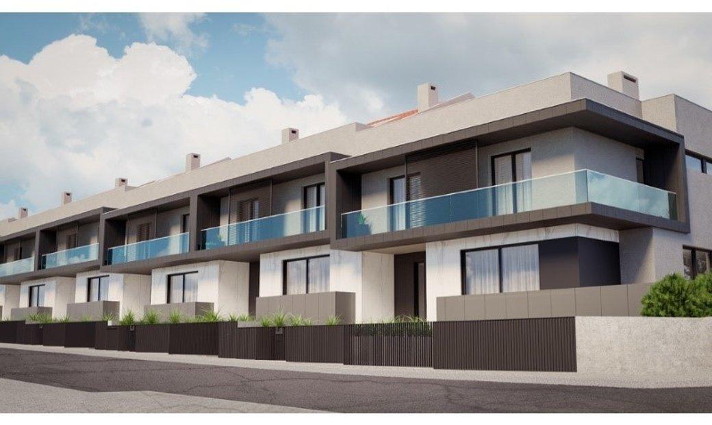 Townhouse 4 Bedrooms Triplex For sale Vila Nova de Gaia