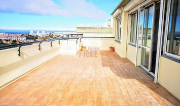 Penthouse 3 Bedrooms For sale Oeiras
