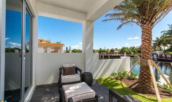 244 Garden Ct #244, Lauderdale By The Sea, FL 33308 MLS#:F10204878
