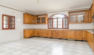 House 6 Bedrooms For sale Palmela