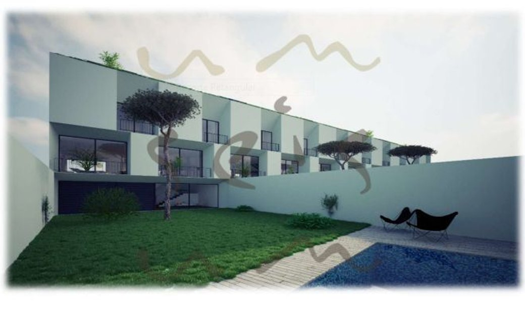 Matosinhos terraced house
