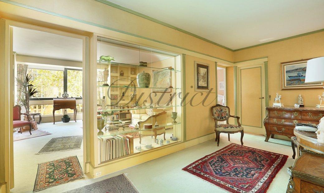 Sale - Apartment Paris 7th (École-Militaire)