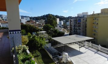 Villa 15 Bedrooms For sale Málaga