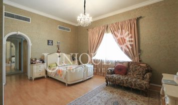 6 Bedrooms villa with Large Plot in Al Wasl Road