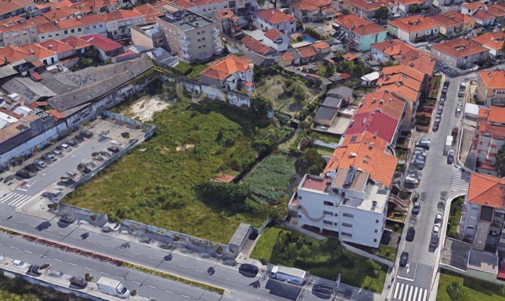 Porto land