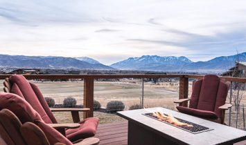 Panoramic Views From This Impeccable Home
