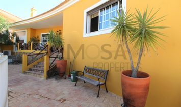 Beautiful two-storey four bedroom villa, Cerro de Mós