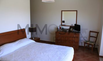 Three bedroom villa with pool close to Alvor