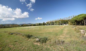 Impressive Equestrian Property Near Barcelona