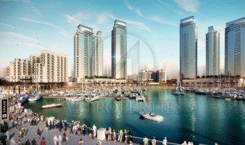 Waterfront Living | Luxurious 3 Bedroom