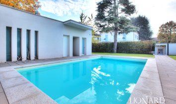 Villa with pool for sale in Paderno Dugnano