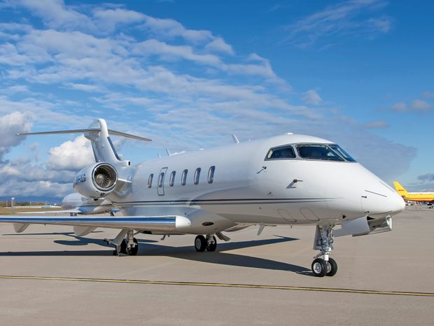 2017 Bombardier Challenger 350 s/n 20670 9H-JLG (10758928)