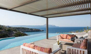Outstanding villa in secluded cove