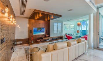 17121 Collins Ave