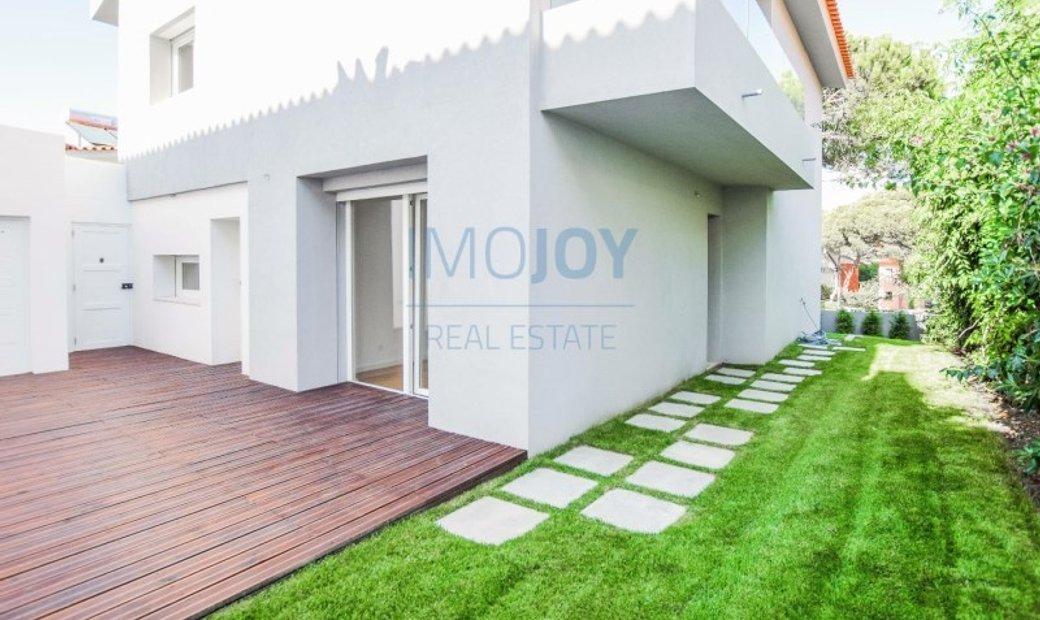 Excellent 3 bedroom villa with garden in the Rosario neighborhood, Cascais