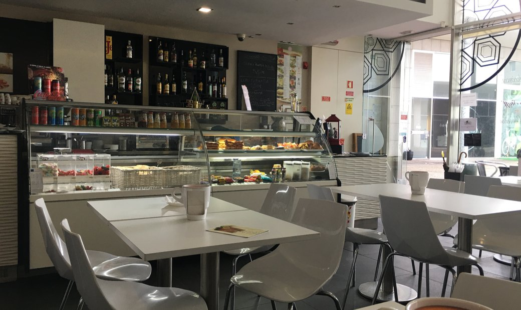 Bakery / Confectionery  for rent in Porto
