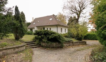 Sale - House Le Chesnay-Rocquencourt