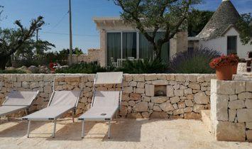 Caratteristici Trulli con piscina