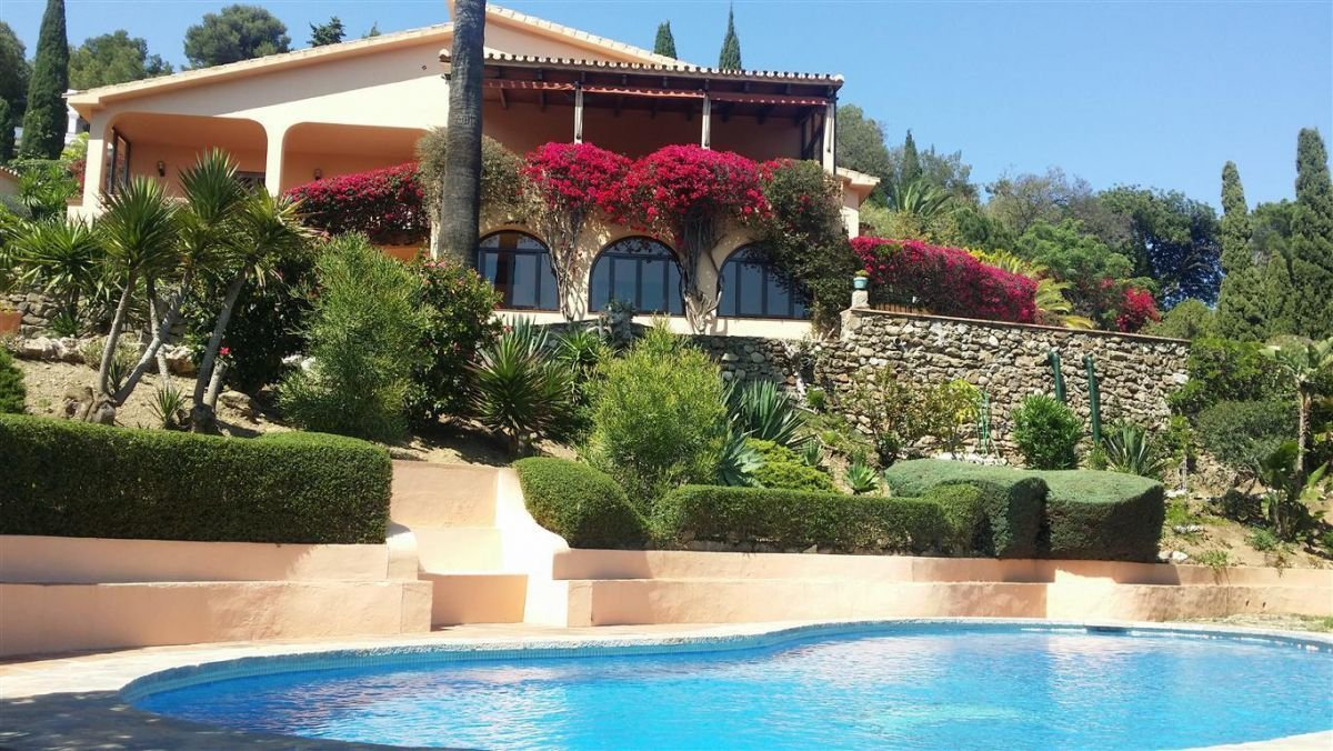 Villa in Benalmádena, Andalusia, Spain 1