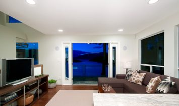 RENOVATED CONTEMPORARY WATERFRONT WITH SPECTACULAR OCEAN & ISLAND VIEWS!