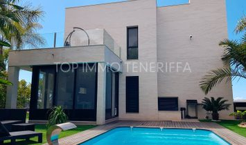 Beautiful villa with private pool and views in Adeje, Tenerife South