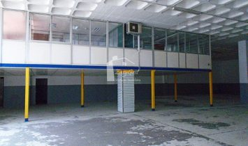 Warehouse in silver arm.