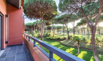 4-bedroom apartment in gated community with swimming pool, in Quinta da Marinha, Cascais.