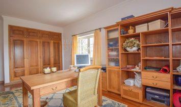 Farm 5 Bedrooms For sale Cadaval