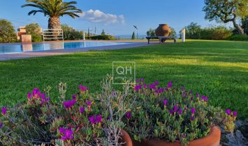 Modern 3/4 bedroom Villa with stunning panoramic sea views near Santa Barbara de Nexe