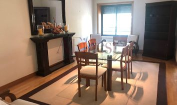 Excellent T3 in the center of Lisbon fully furnished. PRIME LOCATION-PRIME CONDO.
