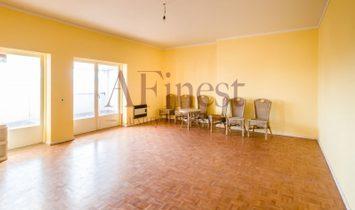 T2 Penthouse Apartment in Bairro do Rosário, Cascais