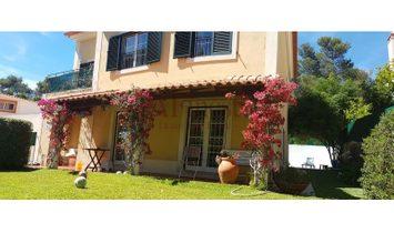 Excellent Villa T4 in Cascais