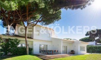 Spacious detached villa near Pine Cliffs Resort