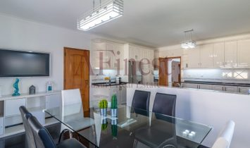 Great House T6 in Birre