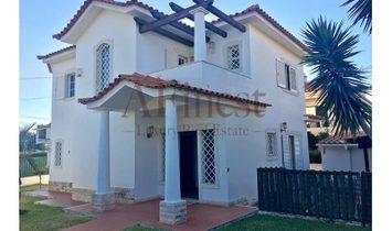 Excellent 3 bedroom Villa +1 in the village of Judgment