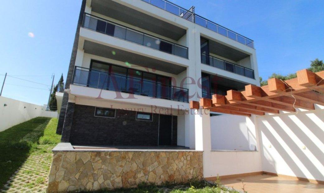 Excellent 3 bedroom Villa +1 in Bicesse