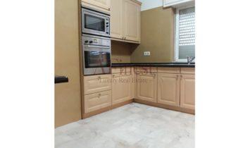 Belissimo apartment with 600m2, solar Orientation, Rising/West Av. Novas