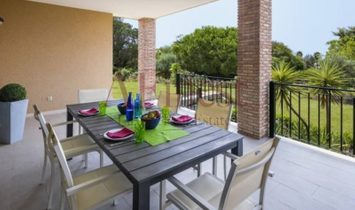 House 2 bedrooms in private condominium-Carvoeiro
