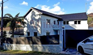 House 4 isolated in Malveira Da Sera