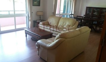 Excellent 4 bedroom apartment in the Costa da Guia-Cascais
