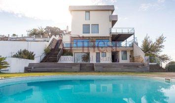 Excellent house T5 in Estoril