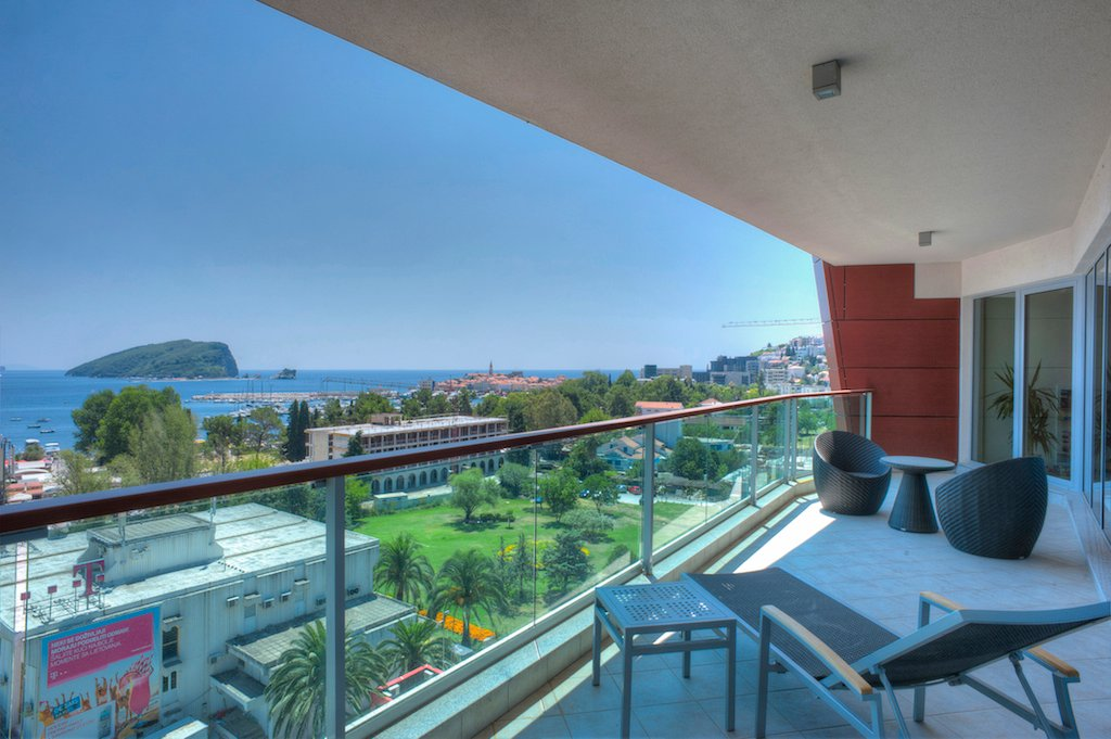 Apartment in Budva, Budva Municipality, Montenegro 1