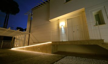 Single house for sale in Camaiore